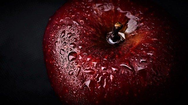 apple-4833764_640