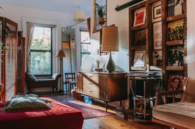 Jak si zamilovat starý nábytek